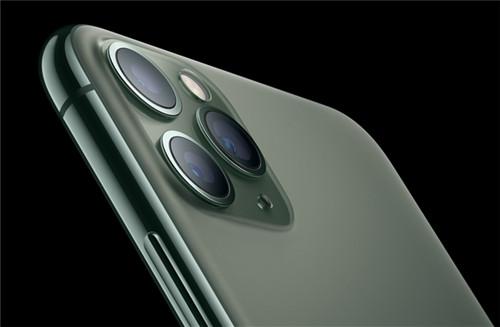 iPhone 11暗夜綠價格跳水